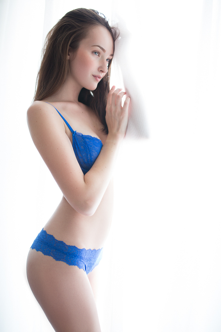 royal-light-lingerie-Angela-Longton